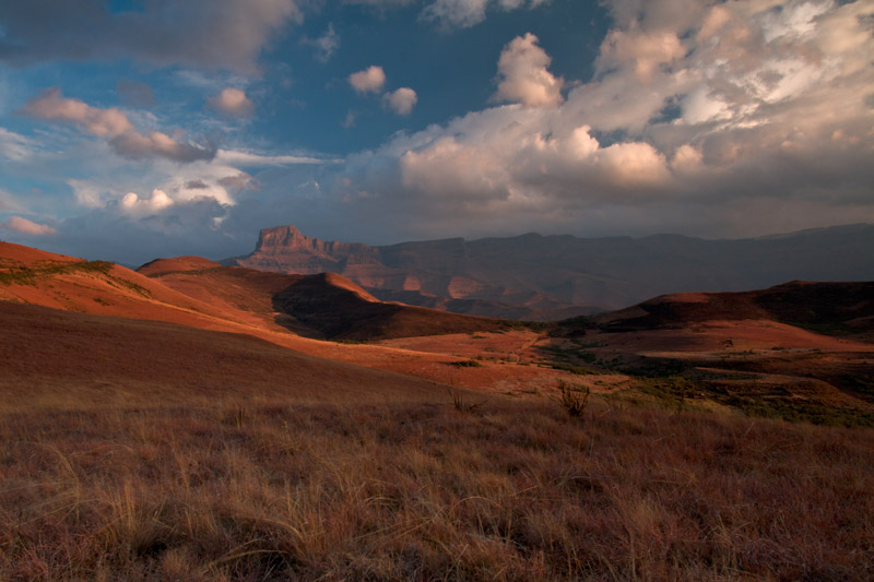 drakensberg_mountains_in_winter