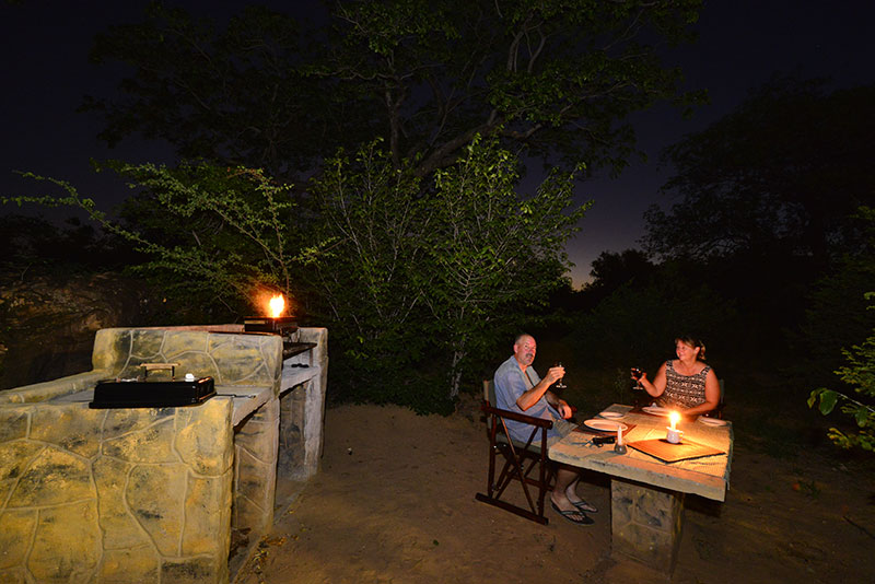 outdoor braai at awelani lodge