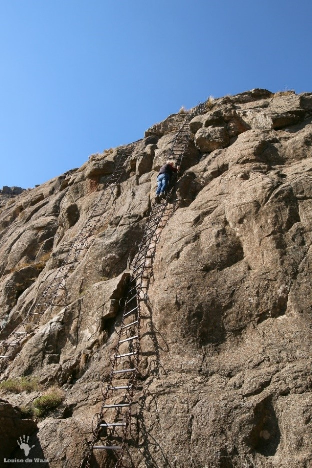 drakensberg chain ladder hike